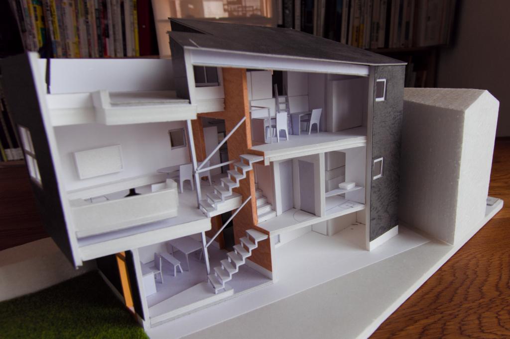 ファーストプレゼンについて~図面とCGと模型で、敷地のポテンシャルとイメージを共有する